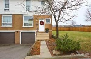 Condos for Sale in Lawfield, Hamilton, Ontario $349,900