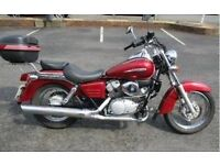 Honda Shadow 125 (red)