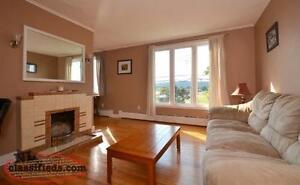 Avail OCT 1st... Near MUN & Taxation Ctr... 3 bedroom Main Floor