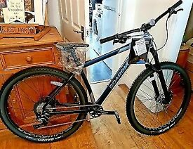 BOARDMAN BICYCLE MHT 8.9 ,, LATEST BOARDMAN BIKE BRAND NEW NEVER USED , ALL TOP SPEC