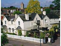 EXPERIENCED CHEF DE PARTIE NEEDED FOR BAR AND RESTAURANT BETWEEN RICHMOND AND PUTNEY