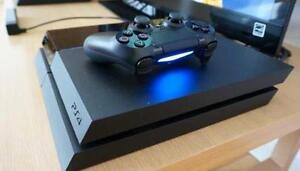 Sony Playstation 4 500gb (Perfect Condition) BUNDLE