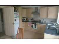 Double room to rent £330.(All bills inc)