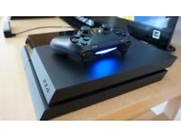 PlayStation 4, controller and games