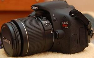 Selling Canon T3i - $400