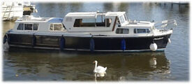 33 foot Banham River cruiser