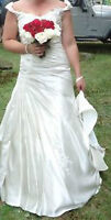 $1200 wedding dress for only $150