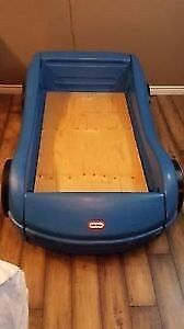 Little tikes race are toddler bed