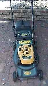 Talon Petrol Lawnmower / Talon Petrol Whipper Snipper deal South Yarra Stonnington Area Preview