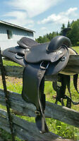 Black Surpa Synthetic Saddle