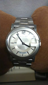 Gucci Men's 101G Silver Dial Stainless Steel
