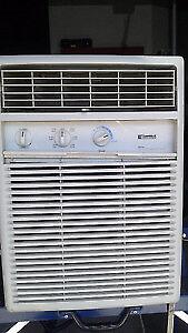Air climatiser kennmore 12000btu