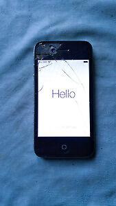 BLACK IPHONE 4 CRACKED