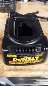 Dewalt 7.2-18v Battery Charger (DW9116)