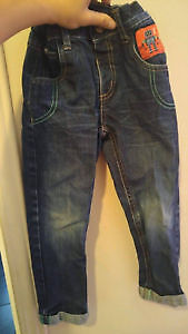 Jeans Minoti 3-ans (Comme neuf)