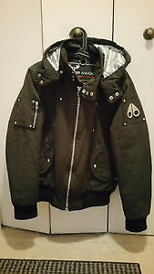 MOOSKNUCKLES MENS BOMBER WORTH 600 FOR REALLY CHEAP.