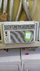 Window A/C for sale - Like new