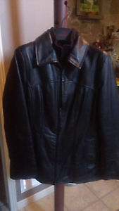 DANIER LEATHER JACKET *********NEW CONDITION**********