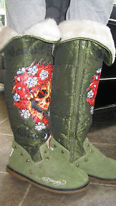 ED hardy boots size 8