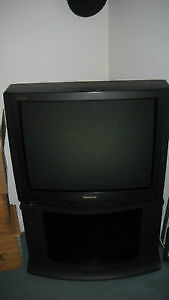 Panasonic Gaoo 27-inch TV West Island Greater Montréal image 1