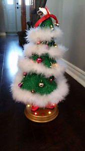 Singing and Dancing Christmas Tree Decoration
