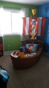 Pirate ship bed w/ solid wood treasure chest + bedroom decor