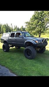 Fully Built 2002 Toyota Tacoma Pickup Truck