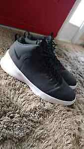 Nike Hyperfr3sh Shoes (Black, Great Condition)