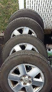 4 pneus marque Michelin