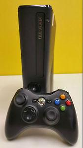 Console Xbox 360 250GB Slim + 3 jeux