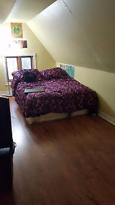 Cozy Room Available for Summer Sublet (3 Bedroom Apt)