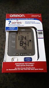 Brand New Omron BP761CAN Bluetooth Blood Pressure Monitor $40