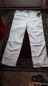 Selling Brand New Ladies Pants. White - Tag Still on