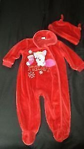 Piglet 2 pc Christmas Sleepers ~ 12 mths