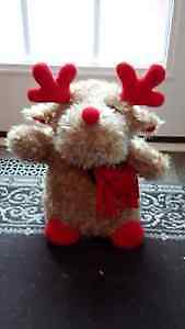Christmas Moose for Sale, Sings different songs.