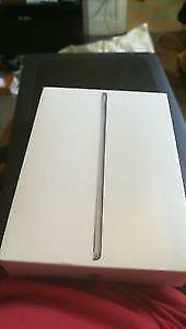 Ipad 5e Generation WIFI 128gb Space Grey - NEUF - Sceller