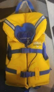 **Like new **roots child life jacket