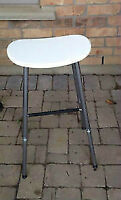 Small white bar stool chair - good condition