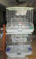 Deux belle cage Vision a vendre super propre