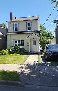 Cosy 1 Bdrm conveniently loc between  Halifax Downtown & Rotary