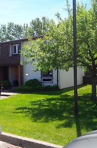 3 Bdrm Townhouse for Sale END UNIT Close to TBRHSC and LU