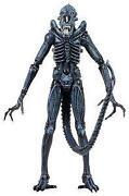 Alien Figur