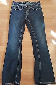 MOVING NEED GONE!NEW HYDRAULIC JEANS SIZE 9 REDUCED NOW $15