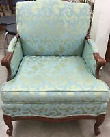 LOOKING FOR 1940's Damask pattern chair