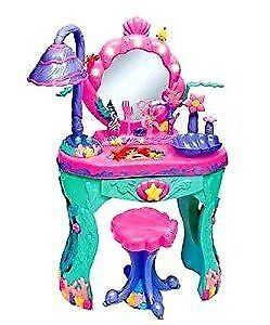Ariel Make up table