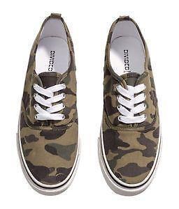 a11b4d9833e5 H M Divided Shoes