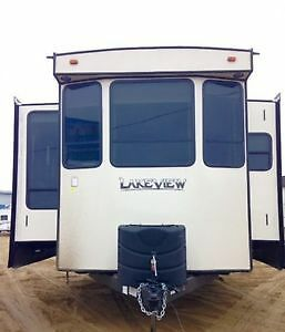 2017 Lakeview LV340FT Destination Trailer