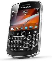 Almost new Blackberry Bold 9900 with brand new Blackberry case