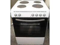MONTPELLIER Cooker Electric, 4 Burner, White and Black For Sale