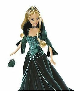 HOLIDAY BARBIE COLLECTOR SPECIAL 2004 EDITION  GREEN DRESS *NEW* Prince George British Columbia image 2